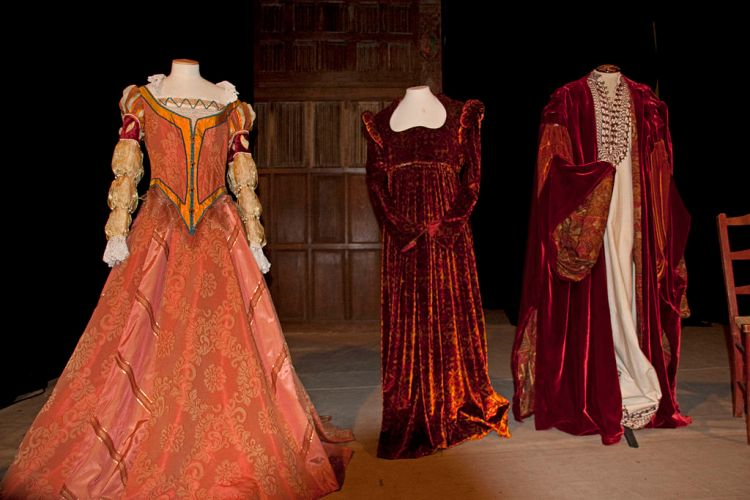 Ellen Terry costues